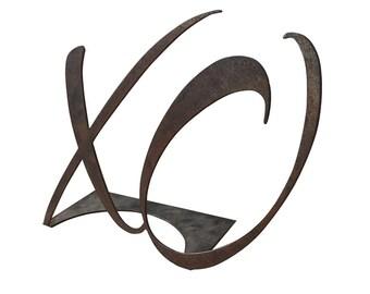 XO Hugs and Kisses sign