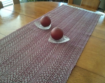 Handwoven TABLE RUNNER, table decor, kitchen linens, reversible, burgundy red,