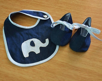 Baby bib and shoes