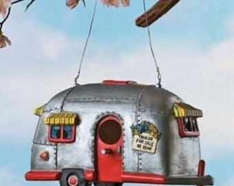 Camper Birdhouse Trailer Bird House Airstream style Rv Home Decor Yard Garden Po