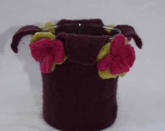 Candle holder with flowers wet felted