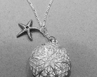 "1 ""Starfish Bliss"" Diffuser Necklace"