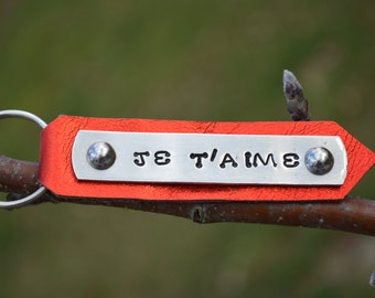 JE T'AIME valentines keychain.  Te Amo.  143.  Show a little love with the Valentine's gift!  Hand stamped on aluminum with leather