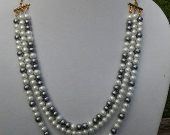 Ladies Multistrand Necklace