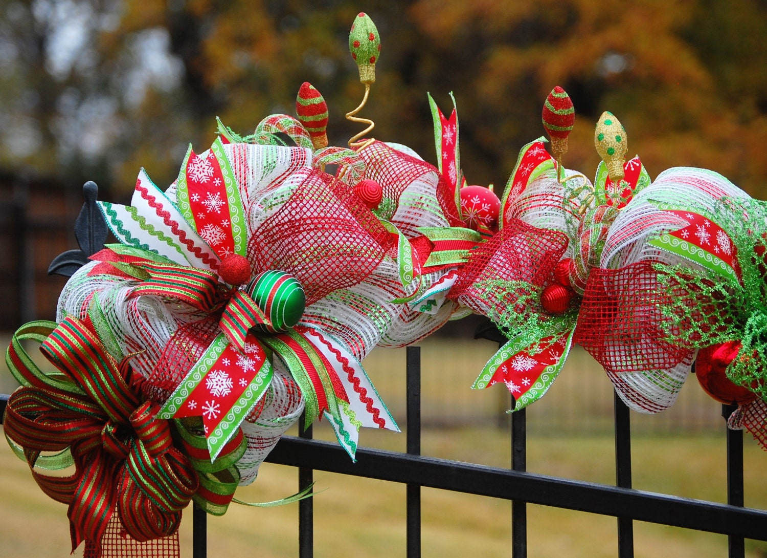 Christmas garland front door deco mesh garland christmas for Door garland christmas