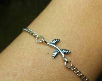 Dainty Tree Branch Bracelet