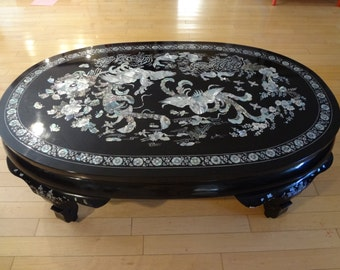 Vintage Gorgeous Chinese Coffee Table Mother of Pearl inlay mint condition
