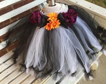 Halloween. Flower tutu for your puppy