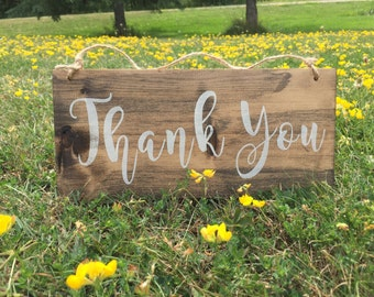 wedding sign // thank you // thank you photo prop