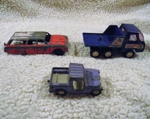 Lot of 3 vintage collectible diecast toy cars Tootsie toy Ford wagon, tootsie jeep, buddy L American airlines luggage car