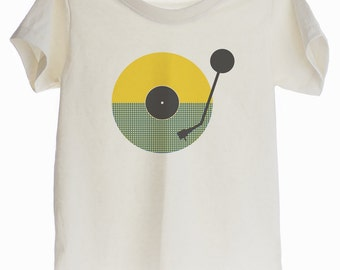 Kid DJ Turntable  Organic T-shirt for Kids