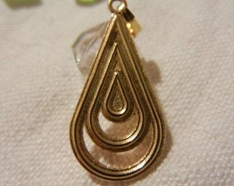 Metaillon drop gold metal