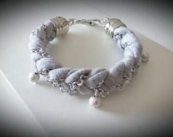 Bracelet gray