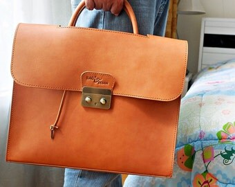 Briefcase Bag Leather The Gentlemen Bag is made by Japanese vegetable leather crafted.