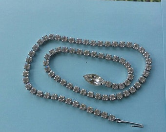 Vintage 15in single row Rhinestone Necklace W/ Marquise Stone