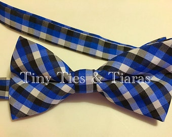 Adjustable bow tie! Blue & black!