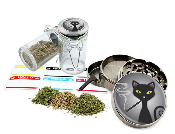 "Smoking Cat - 2.5"" Zinc Alloy Grinder & 75ml Locking Top Glass Jar Combo Gift Set Item # G021615-026"