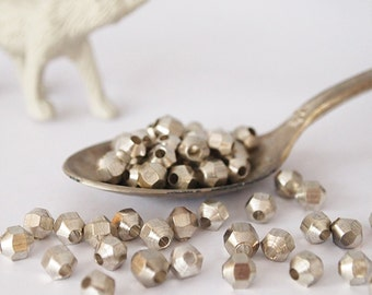 30 Metal Beads Faceted Silver Tone Size 6 x 5mm