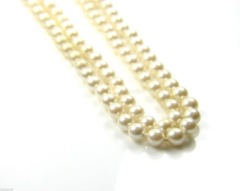 Ladies double string Pearl necklace set with 9ct gold catch. 17 Inch - Ref: 36004