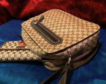 Vintage Liz Claiborne Cross Shoulder Handbag