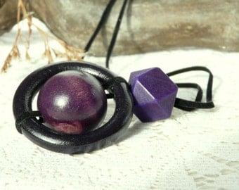 Geometric necklace//Mono necklace//Wood necklace//Statement necklace