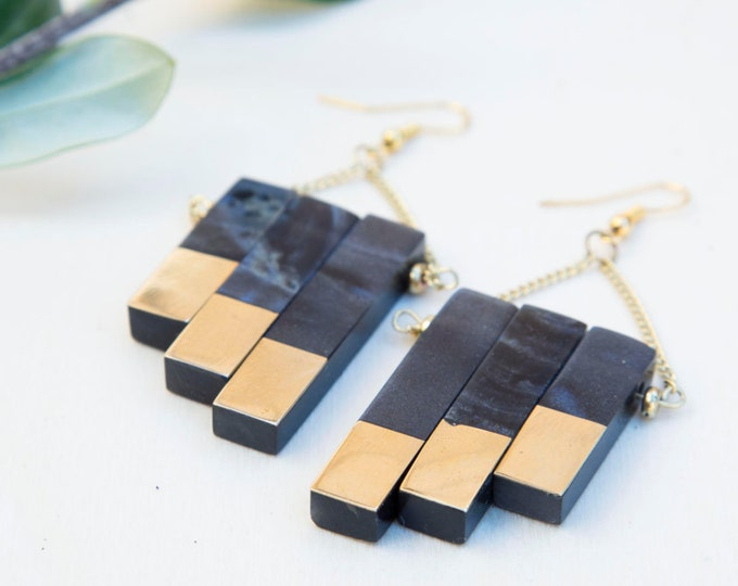 Brass resin earrings, black earrings, resin jewelry, brass jewelry, boho earrings, gift for her, gift for women, birthday gift, gift under