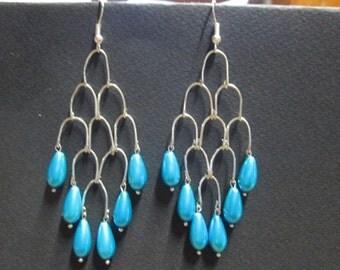 Earrings turquoise satin Pearl