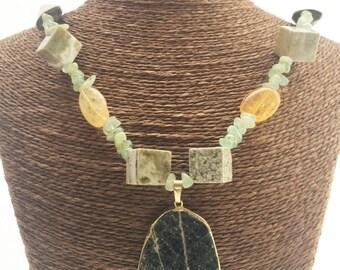 Elegant,Typical Colors Jasper Amber Necklace with Gold field over Veine Jasper pendant