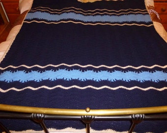 Crochet blanket - Fleece lined