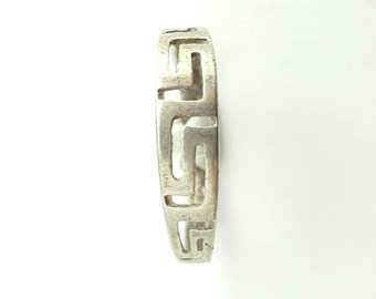 Vintage Sterling Silver Zigzag Tribal Pattern Ring- Size 7.75