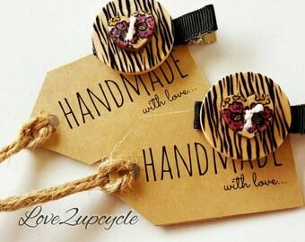 Set of 2 Handmade Girls Hairclips-Timber Buttons.