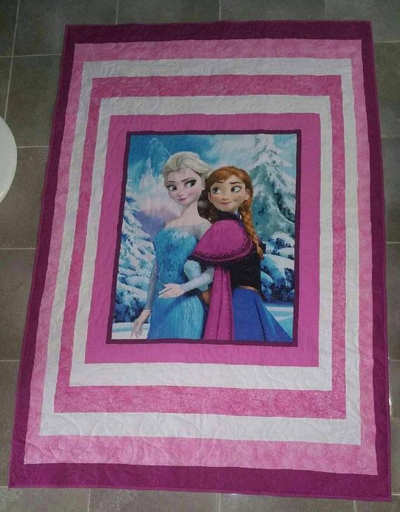Frozen quilt, Anna and Elsa quilt, pink quilt, single bed quilt/blanket