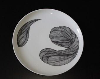 large plate Audrey