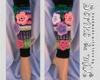 Knit socks with flowers, Hand made flowers legwarmers, black socks, Crochet flower socks, anelmaiset, knee socks, boot cufs, woman socks