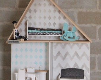 """Furnished condo 15 """"Doll House"""