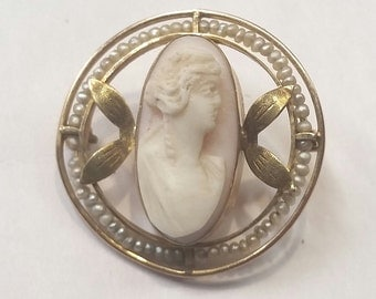 Victorian Gold Cameo Brooch with Seed Pearls