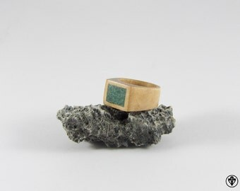 Signet Ring made of birch with Fuchsite stone inlay