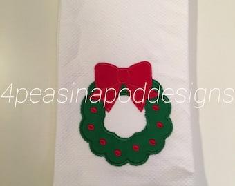 Christmas Wreath kitchen or bathroom hand towel - Holiday