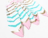 Painted Feathers, Bohemain Feathers, Pink Teal Champagne Feathers,  Feather Garland, Painted Feathers,