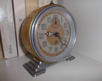 alarm clock vintage