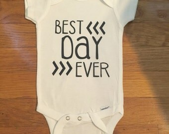Onesies-Baby Onesies-Baby Gifts-Newborn Gifts-Baby Shower Gifts-Coming Home Outfit-Hello World-Best Day