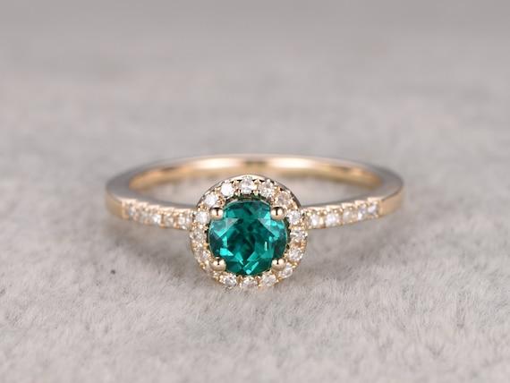 5mm VS Green Emerald Engagement Ring Yellow GoldDiamond