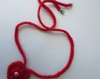 Pendant red heart crochet