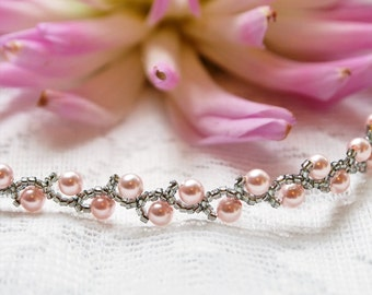 Light Pink pearl bracelet;  pink pearl and silver seed bead bracelet; pink flower girl bracelet; beadwork bracelet,pink bridesmaids bracelet