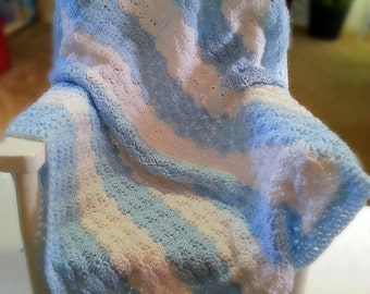 Baby Afghan, Blue and White
