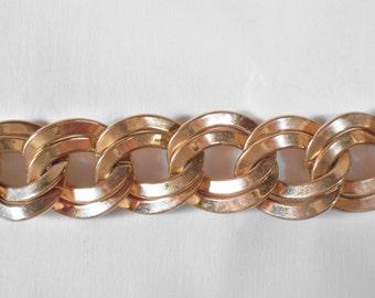Vintage Monet Goldtone Bracelet U3627 designer signed RETRO!