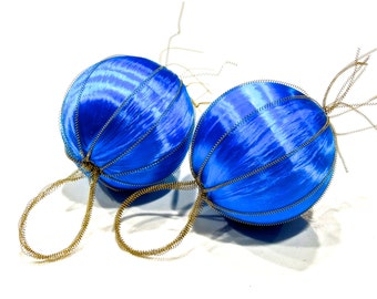 VINTAGE: 2 Satin Wired Ornaments - Blue Ornament - (15-F1-00006181)