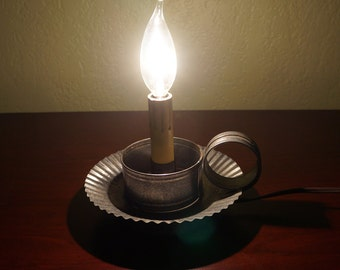 Vintage Ying Long Metal Electric Candle Lamp With Bulb