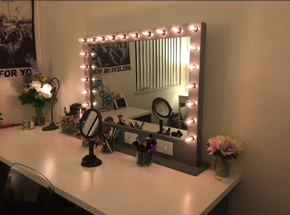 large lighted vanity mirror with plug by ramshackleandswank. Black Bedroom Furniture Sets. Home Design Ideas