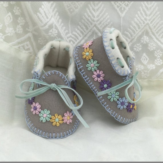 Unique Baby Moccasins in Pure Wool Felt. Full Lined. Gift Boxed. 0-3 Mths. OOAK